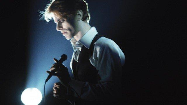 Bowie word on a wing traduzione testo lyrics - Dive testo e traduzione ...
