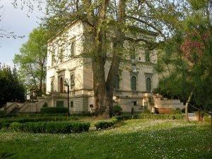 Villa martini Bowie Monsummano concerto e giardino